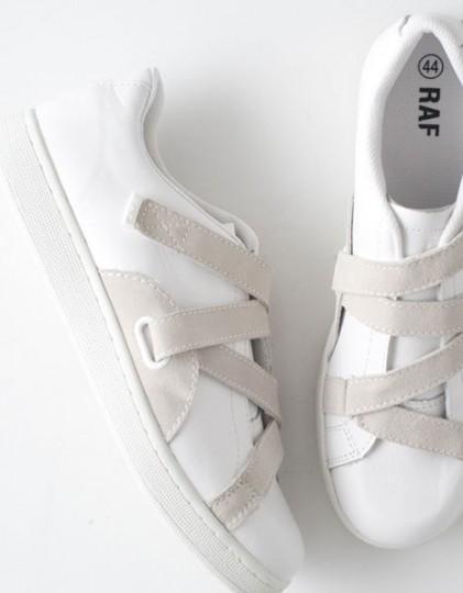 raf-by-raf-low-top-sneakers-2-421x540