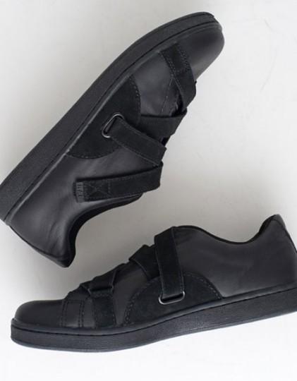 raf-by-raf-low-top-sneakers-4-421x540